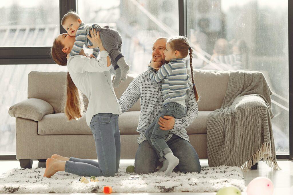 Robotski sesalnik je super za starše